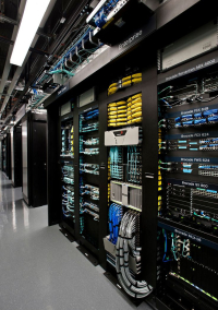 Server-rack-fibre-channel